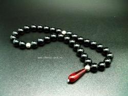 четки из черного агата молитва