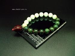 четки из нефрита темного и зеленого оникса оливия
